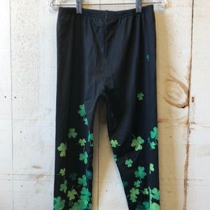 *3 for $25* Cow Cow St Patty's Day stretch Legging
